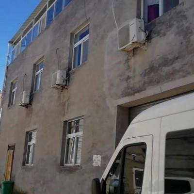 (出租) 房山六环里200平库房 二层200平住房免费送3层平台